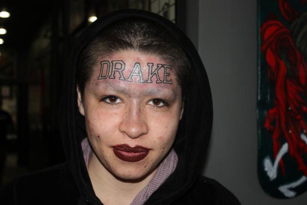 drake-fan-71568-94611.jpg