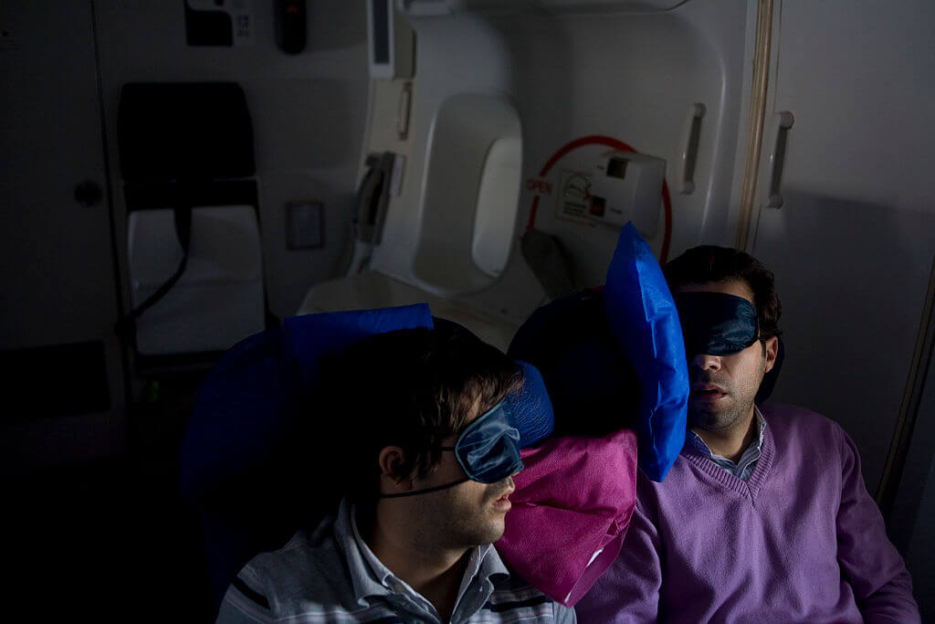 passengers-sleeping-45298-72559.jpg