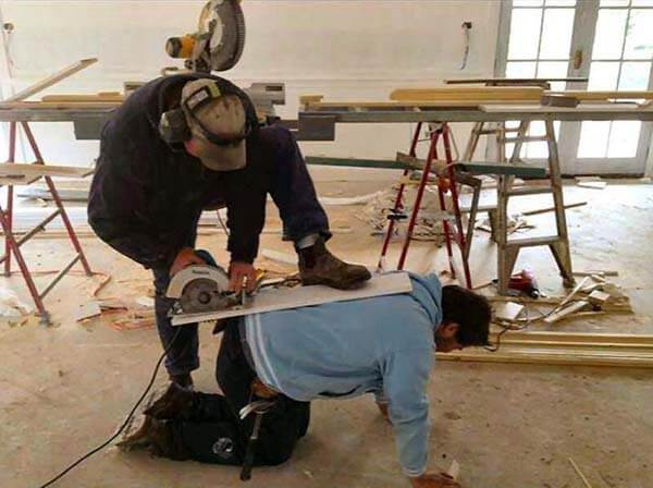 Using-Your-Back-As-A-Table-Saw-91757.jpg
