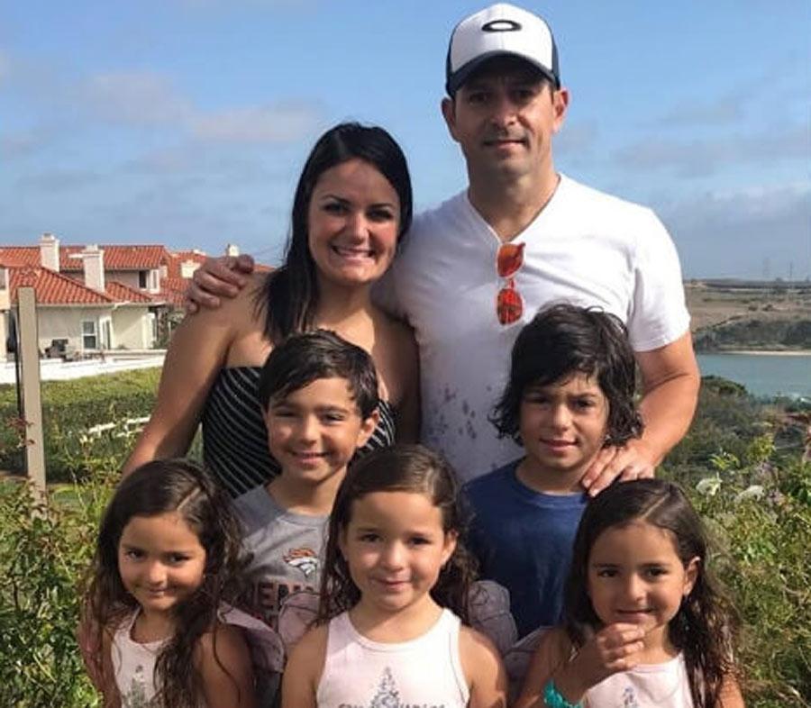 family-of-seven-24469