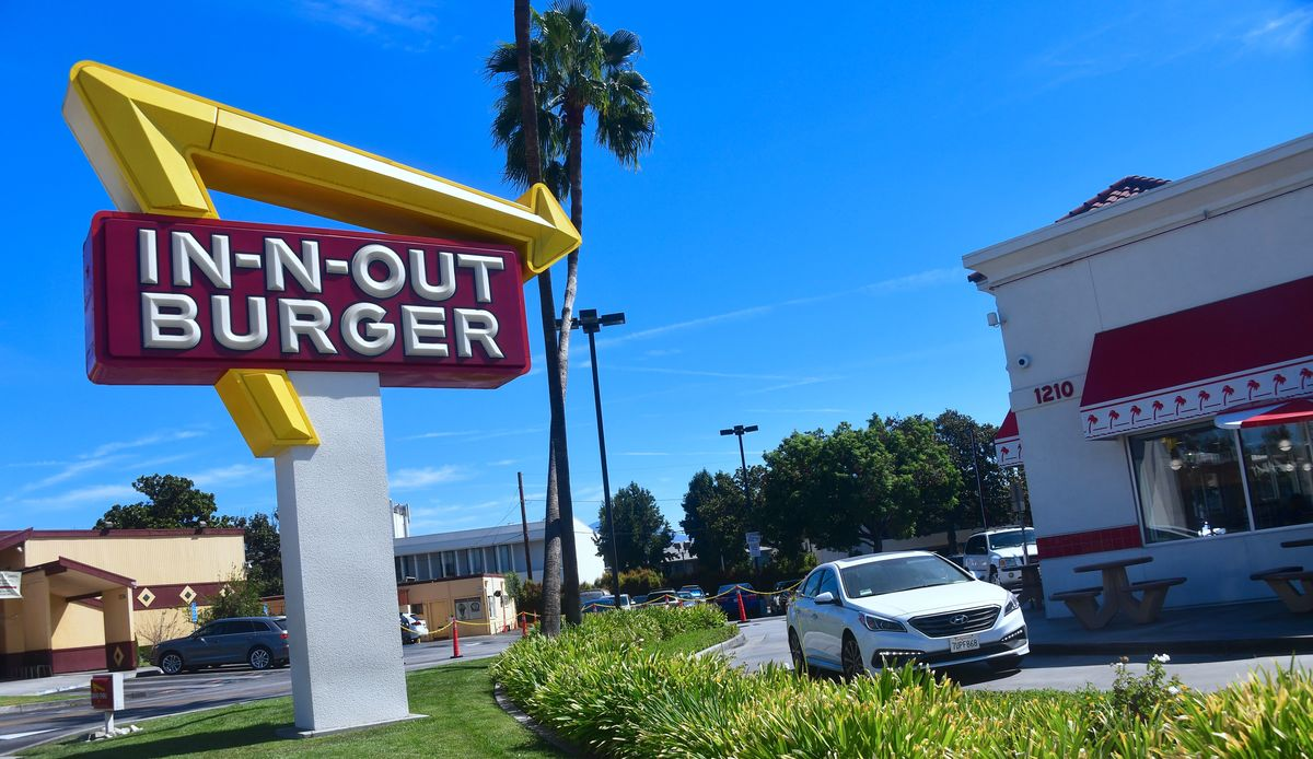 in and out burger drive thru