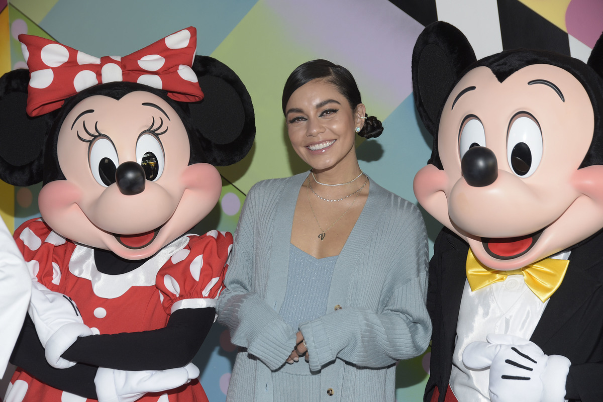 Vanessa Hudgens with mickey and minnie