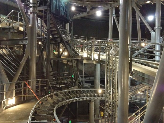 inside of space mountain with lights on