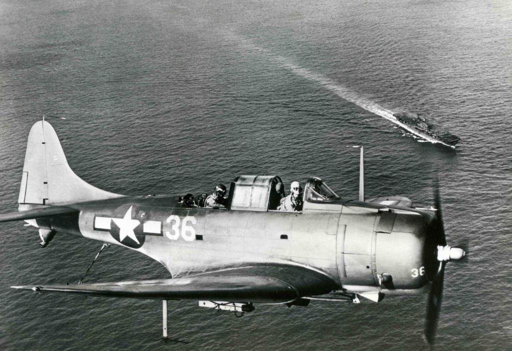 Flying Douglas SBD Dauntless