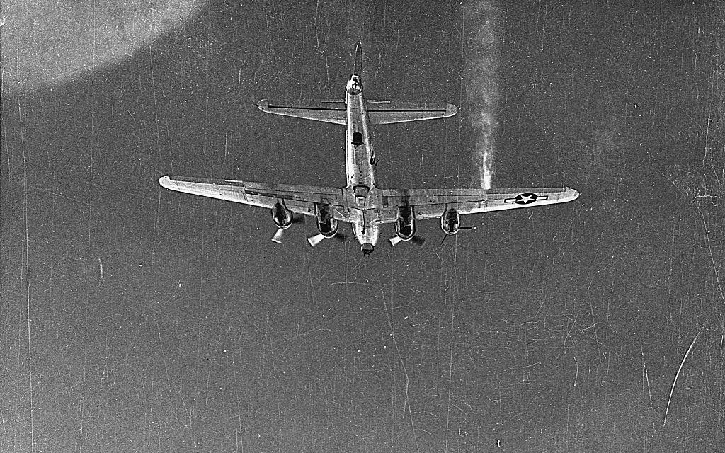Flying B-17 Bomber