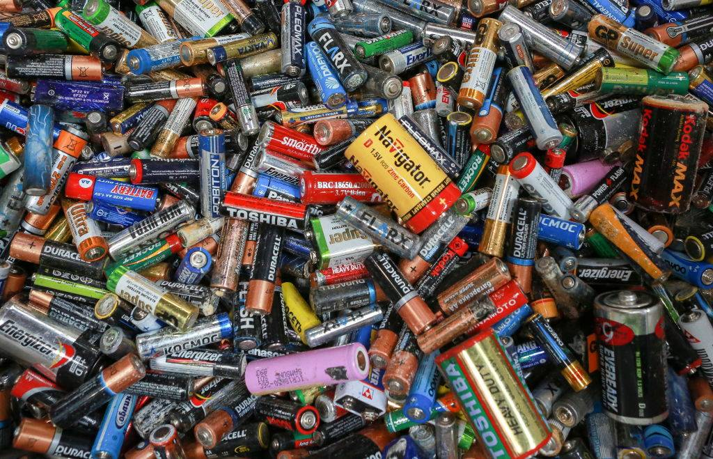 batteries-90392
