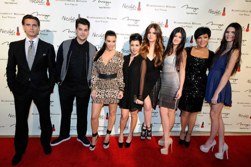 kardashian jenner family with scott disick on red carpet in las vegas