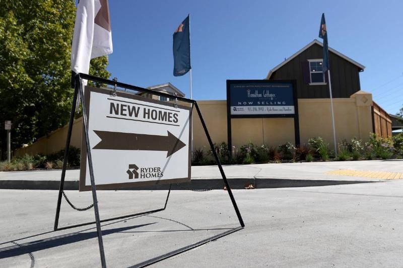 John-Sims-Bought-Property-In-Tucson-Arizona-21376