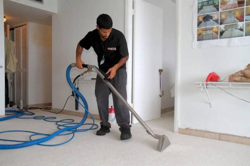 carpet-cleaner-665529180-24323